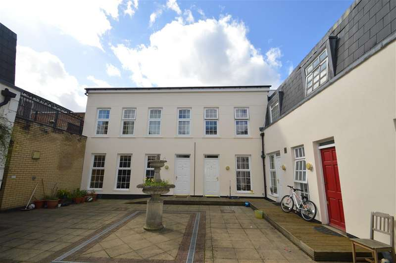 Property for sale in Monterey Close, Mill Hill, NW7