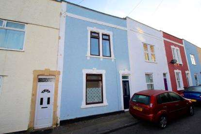 2 Bedrooms Terraced House for sale in Hebron Road, Bedminster, Bristol