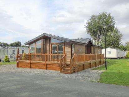 2 Bedrooms Mobile Home for sale in Ferry Lane, Chester, Flintshire, CH1