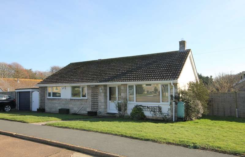 3 Bedrooms Detached Bungalow for sale in Yarmouth, Isle of Wight