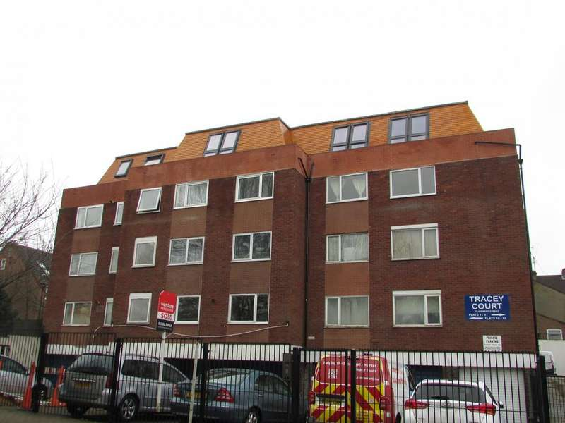 1 Bedroom Apartment Flat for sale in Tracey Court, Hibbert Street, Luton, Bedfordshire, LU1