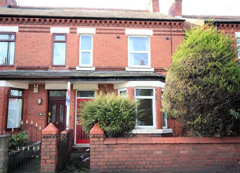 3 Bedrooms Semi Detached House for sale in Rhosddu Road, Wrexham