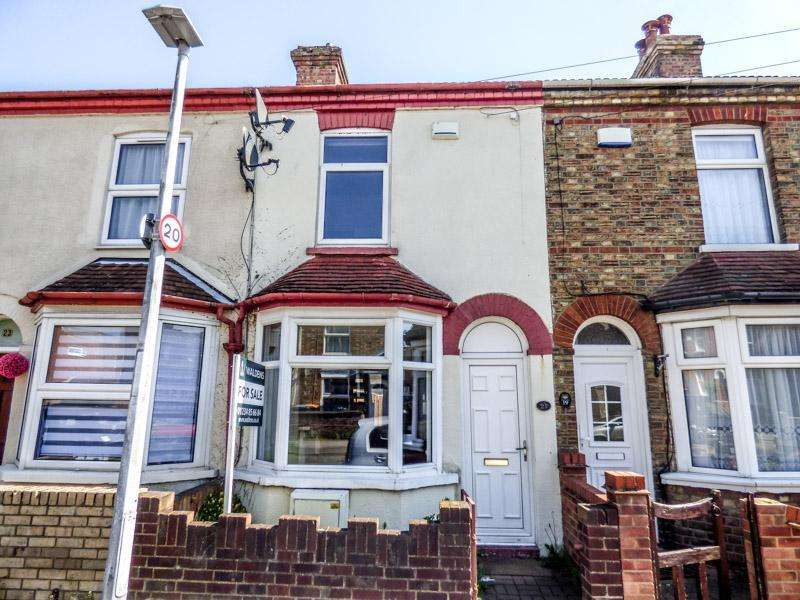2 Bedrooms Terraced House for sale in Kempston, Beds, MK42 8DW