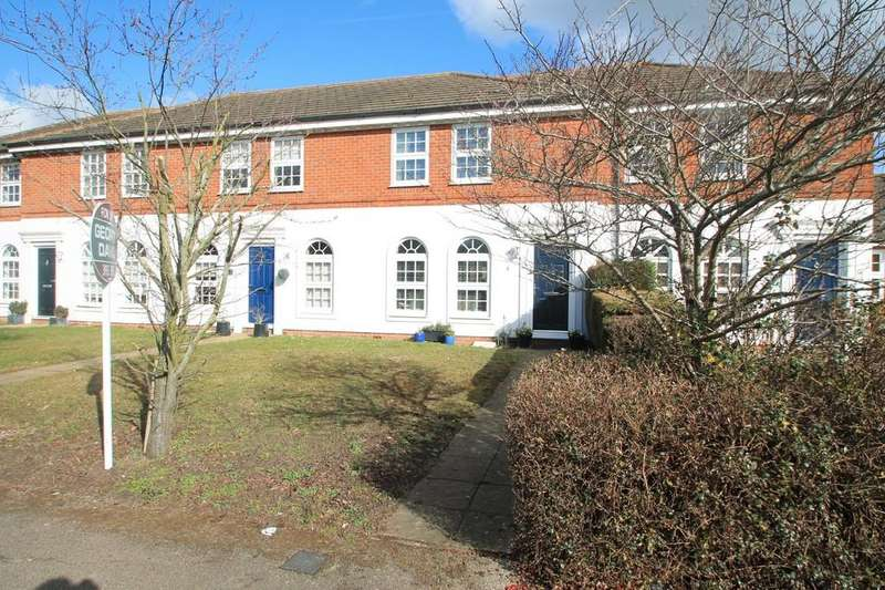 3 Bedrooms Terraced House for sale in Fulmar Place, Watermead