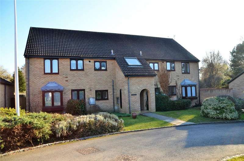2 Bedrooms Apartment Flat for sale in Calbourne Drive, Calcot, Reading, Berkshire, RG31