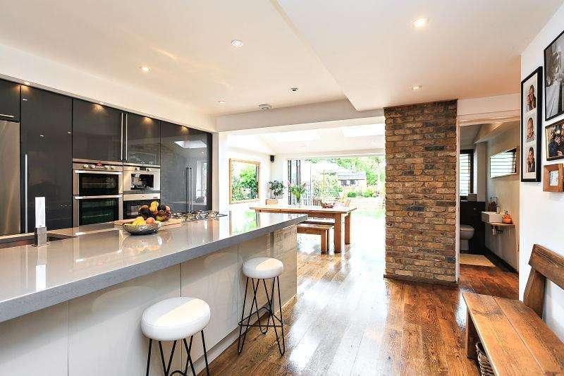 4 Bedrooms Terraced House for sale in Berrylands, Wimbledon