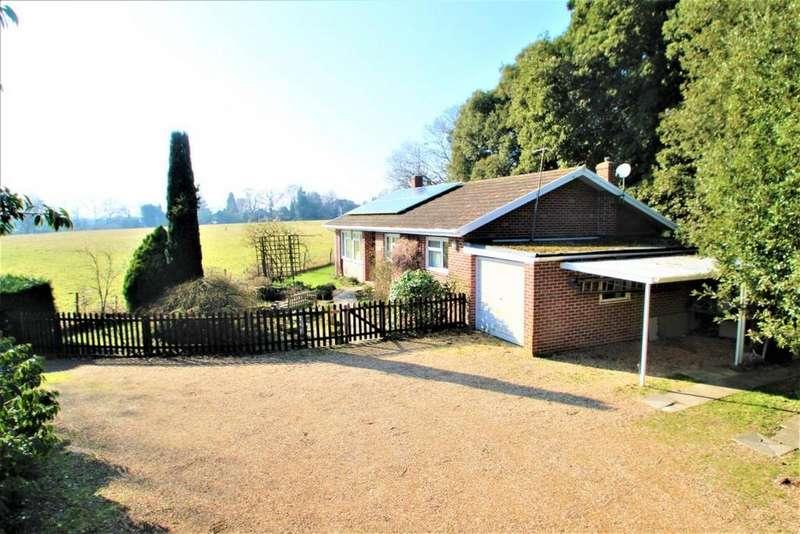 3 Bedrooms Bungalow for sale in Kiln Lane, Mortimer, RG7