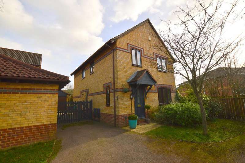 4 Bedrooms Detached House for sale in Dovedale, Bushmead, Luton, LU2 7FQ