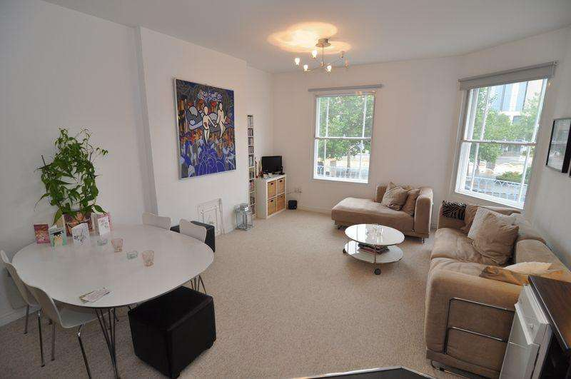 2 Bedrooms Apartment Flat for sale in Denmark Street, Bristol
