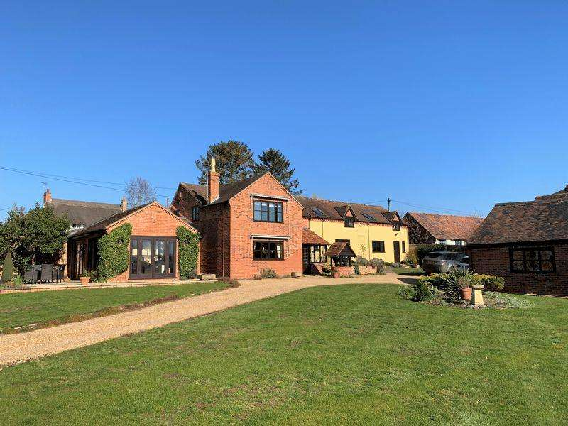 4 Bedrooms Detached House for sale in Lower End, Birlingham