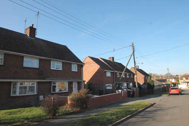 3 Bedrooms Semi Detached House for sale in South Grove, Rushden