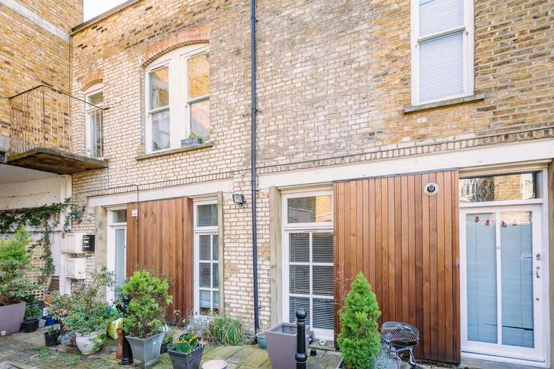 3 Bedrooms Terraced House for sale in Mount Pleasant Mews, Stroud Green