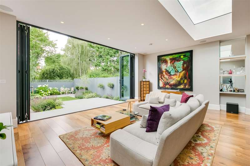 5 Bedrooms Semi Detached House for sale in Abinger Road, Chiswick