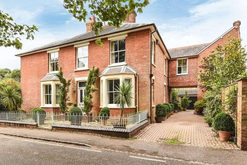 6 Bedrooms Detached House for sale in Wood Lane, Aspley Guise, MK17