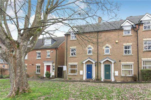 3 Bedrooms Terraced House for sale in Sycamore Rise, Bracknell, Berkshire