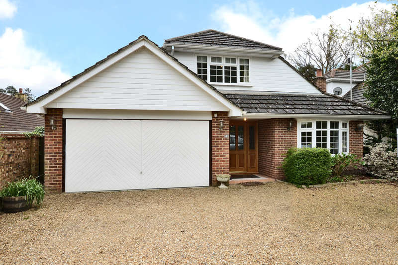 5 Bedrooms Detached House for sale in Curley Hill Road, Lightwater