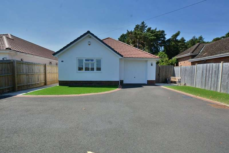 3 Bedrooms Detached Bungalow for sale in Woodlinken Drive, Verwood