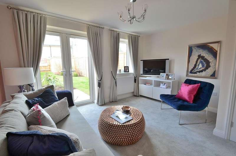 2 Bedrooms Terraced House for sale in Tavistock Place, Bedford, MK45