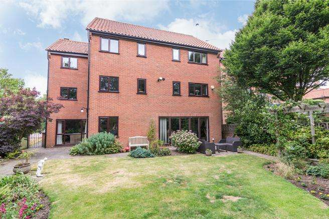 4 Bedrooms Detached House for sale in Braeside, Off Fishpool Road, Blidworth, Nottinghamshire NG21 0QP