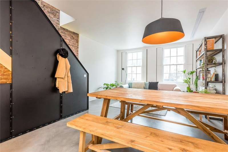 3 Bedrooms Maisonette Flat for sale in Essex Road, Angel, Islington, N1