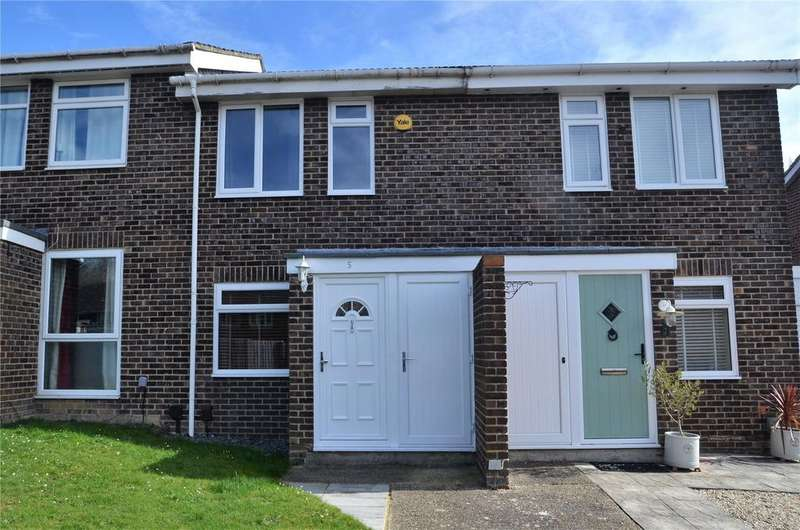2 Bedrooms Terraced House for sale in Sharnwood Drive, Calcot, Reading, Berkshire, RG31