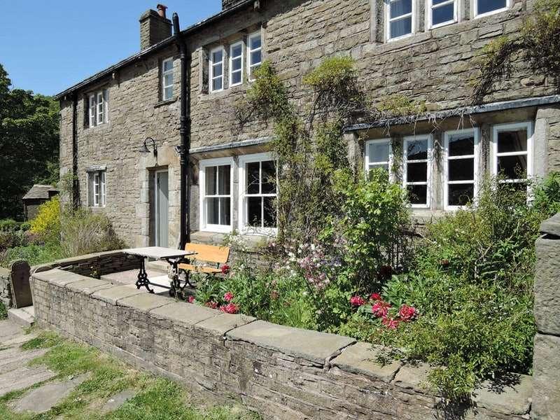 5 Bedrooms Detached House for sale in Kinder, High Peak, Derbyshire, SK22