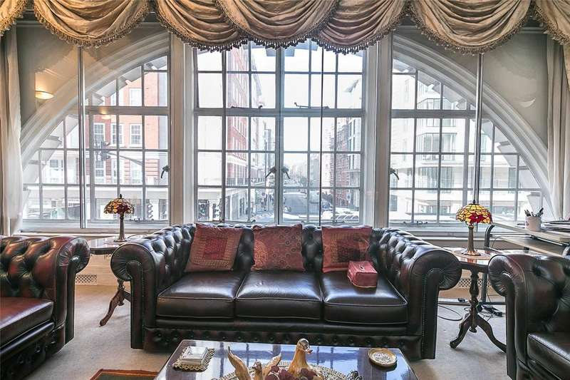 2 Bedrooms Flat for sale in Chiltern Court, Baker Street, London, NW1