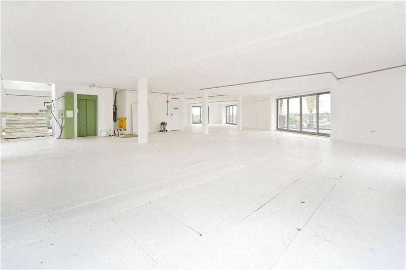 2 Bedrooms Flat for sale in Holmes Road, Kentish Town, NW5