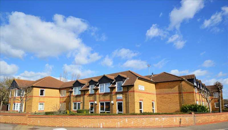 1 Bedroom Retirement Property for sale in Homeholly House, Church End Lane, Wickford