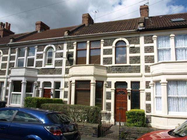 3 Bedrooms House for sale in Grantham Road, Kingswood, Bristol, BS15 1JR