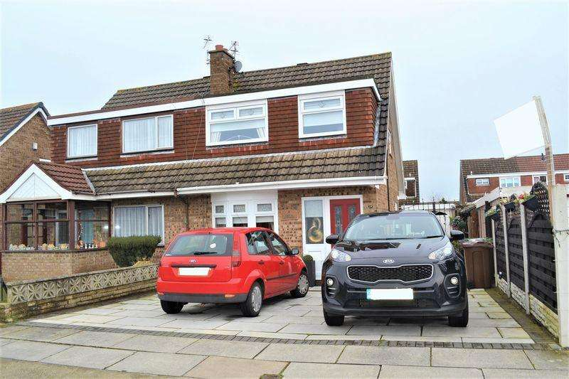 3 Bedrooms Semi Detached House for sale in Lunar Drive, Netherton