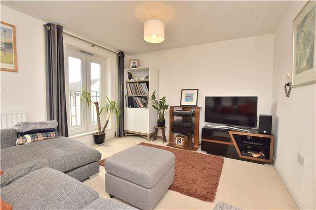 3 Bedrooms Town House for sale in Whitefield Road, St George, BS5 7DW