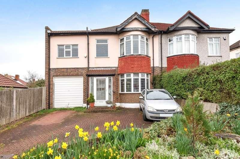 4 Bedrooms Semi Detached House for sale in Lavidge Road, London