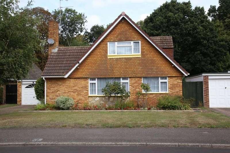 4 Bedrooms Detached House for sale in Halkingcroft, Slough, SL3