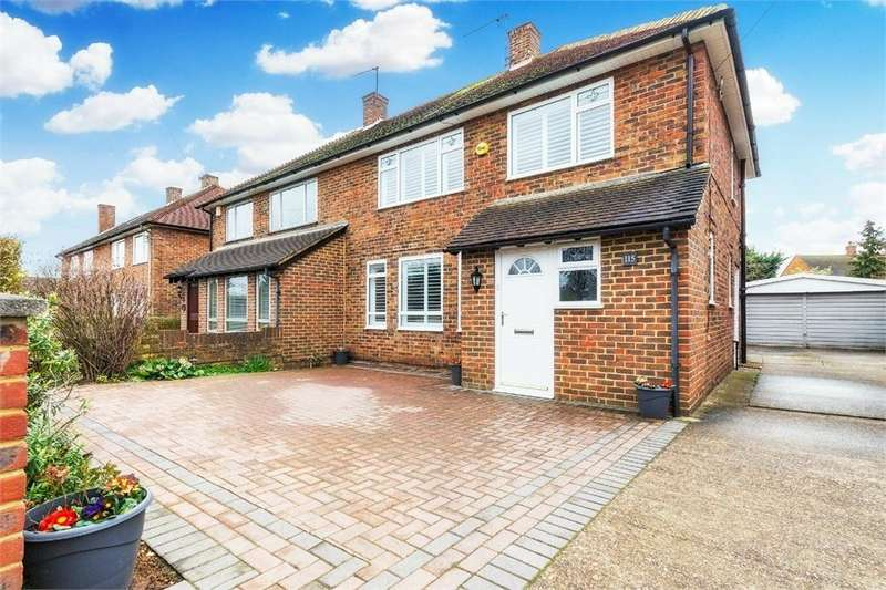 3 Bedrooms Semi Detached House for sale in Farnham Lane, Farnham Royal, Berkshire