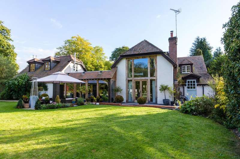 5 Bedrooms House for sale in Upper Clatford, Andover, Hampshire SP11