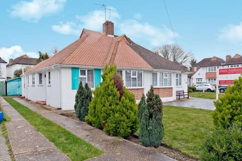 2 Bedrooms Semi Detached Bungalow for sale in Portway, Ewell Village KT17 1SU