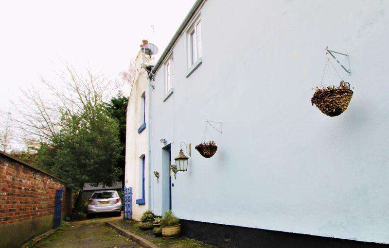 4 Bedrooms House for sale in Myrtle Place, Chepstow