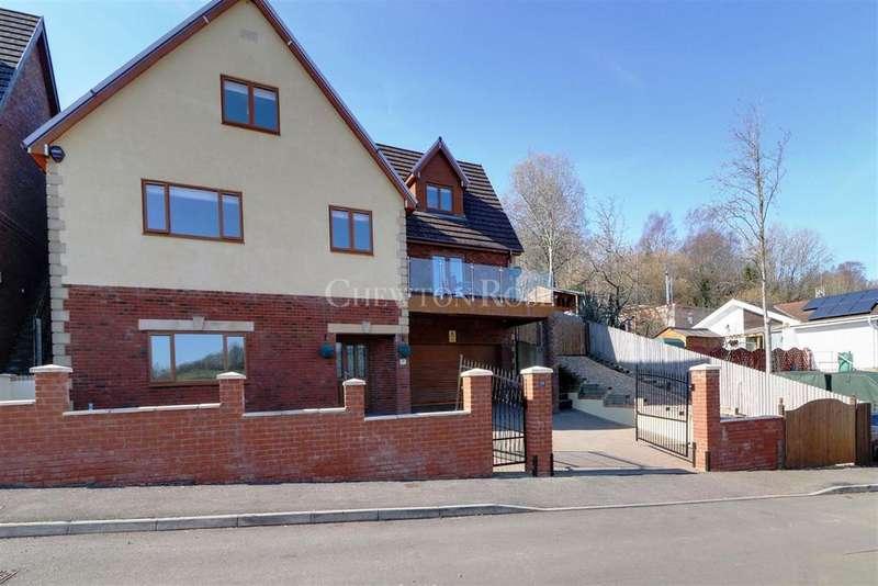 6 Bedrooms Detached House for sale in Blackwood