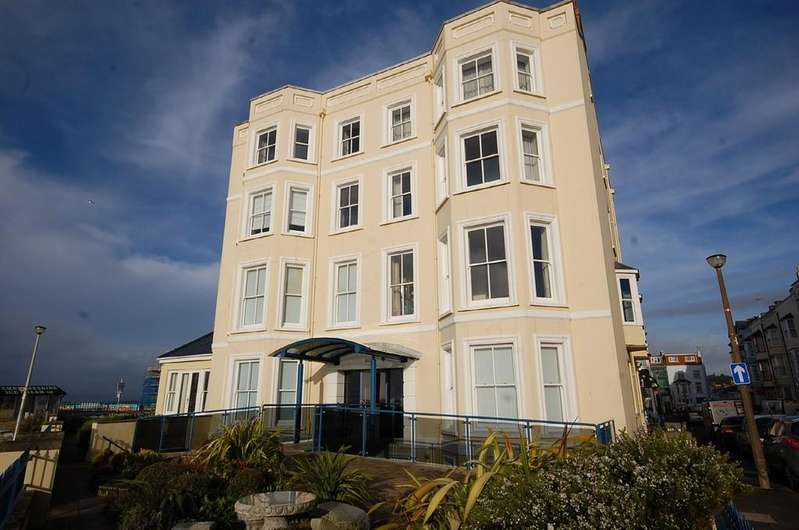 3 Bedrooms Apartment Flat for sale in The Esplanade, Tenby