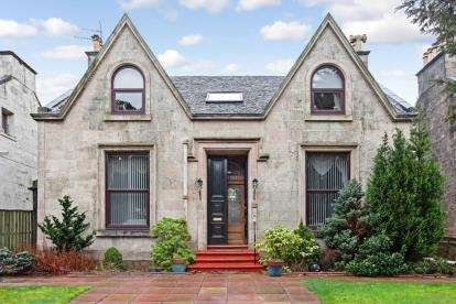 5 Bedrooms Detached House for sale in Finnart Street, Greenock