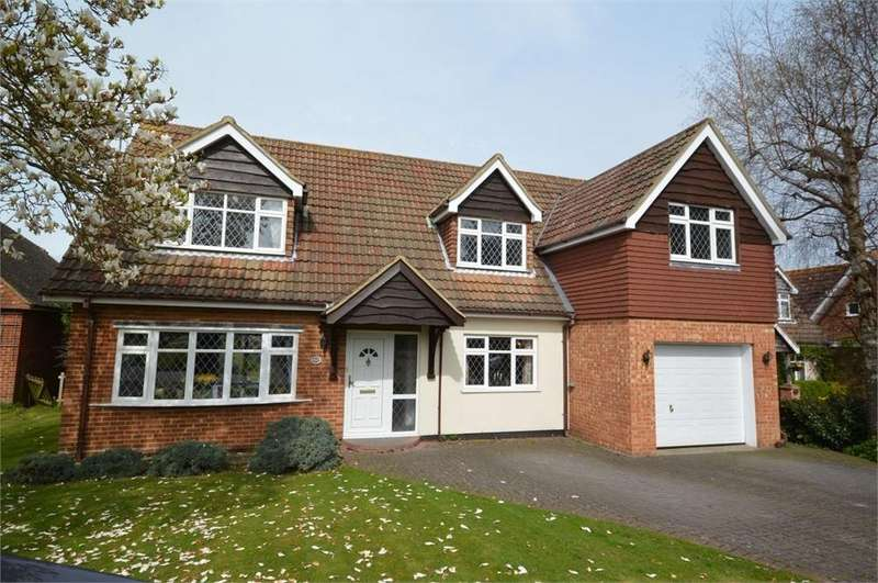 4 Bedrooms Detached House for sale in Round Ash Way, Hartley