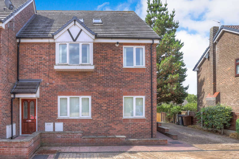 3 Bedrooms Flat for sale in Green Lane, Hadfield, Glossop, SK13