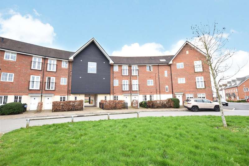 2 Bedrooms Apartment Flat for sale in Fulmar Crescent, Bracknell, Berkshire, RG12