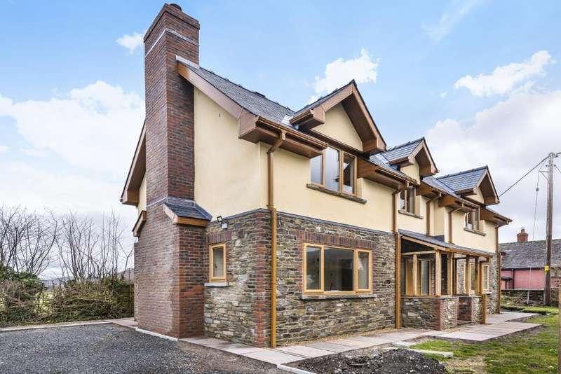 3 Bedrooms Detached House for sale in Walton Near Presteigne, Powys, LD8