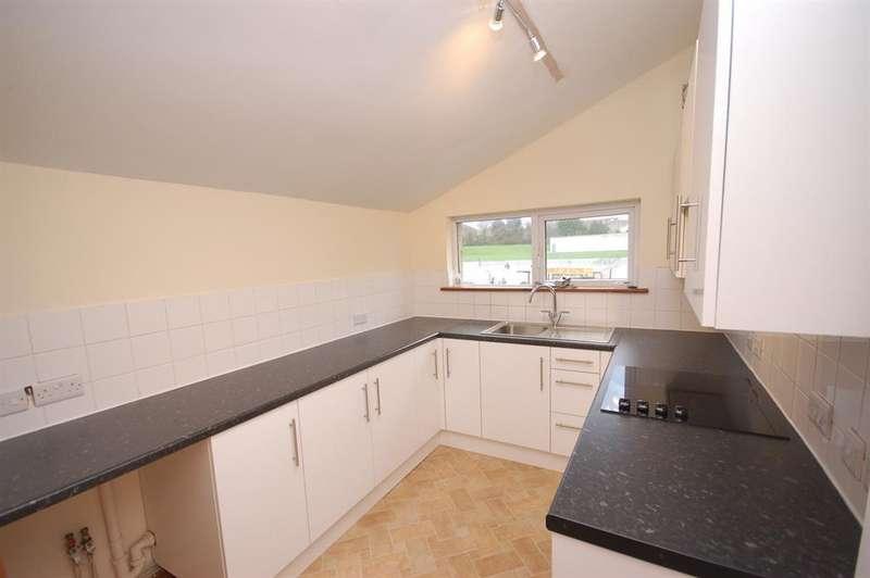 2 Bedrooms Maisonette Flat for sale in Bell Hill Road, St George, Bristol, BS5 7LU