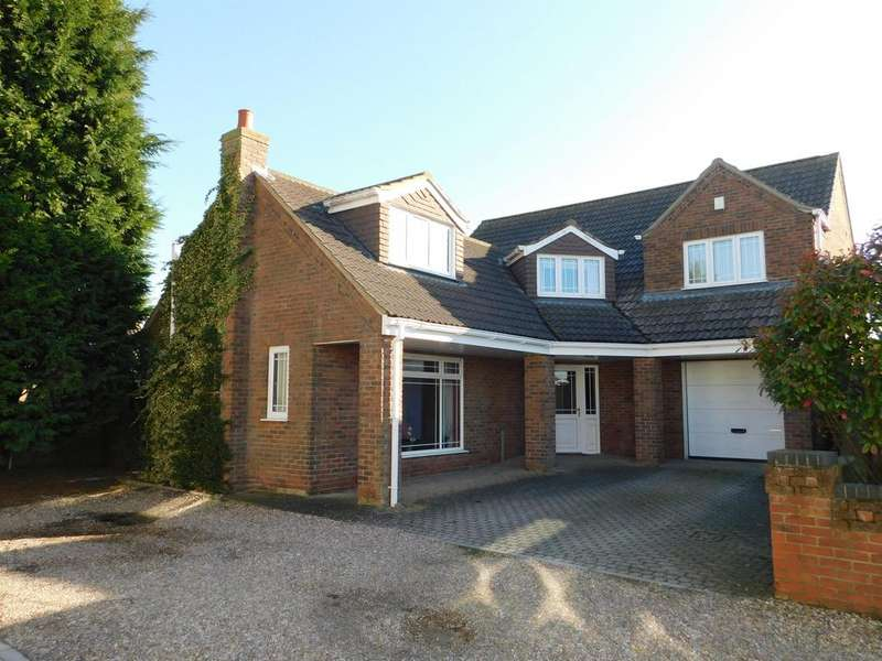 4 Bedrooms Detached House for sale in Veronica Close, Skegness, Lincs