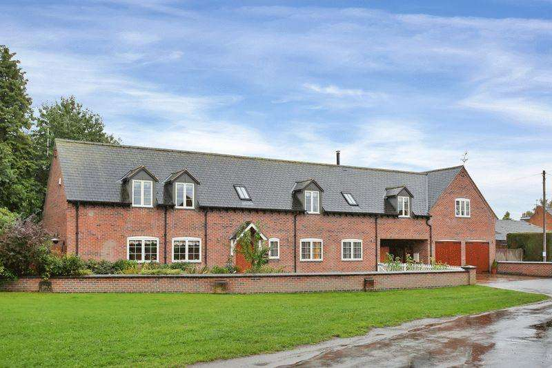 4 Bedrooms Cottage House for sale in Park Lane, Walton