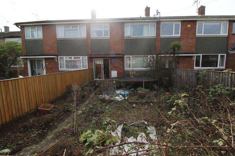 3 Bedrooms Terraced House for sale in Sunningdale, Yate