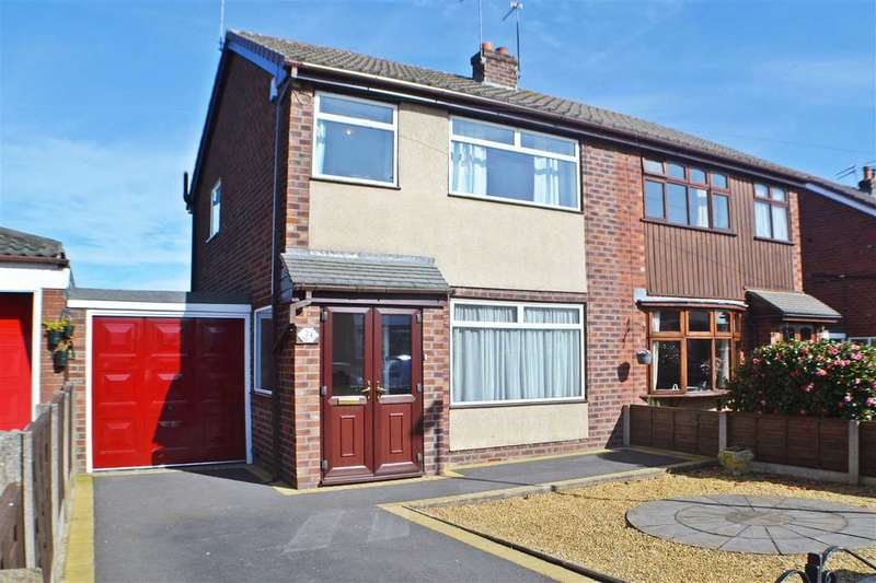 3 Bedrooms Semi Detached House for sale in Rutland Drive, Middlewich, Middlewich